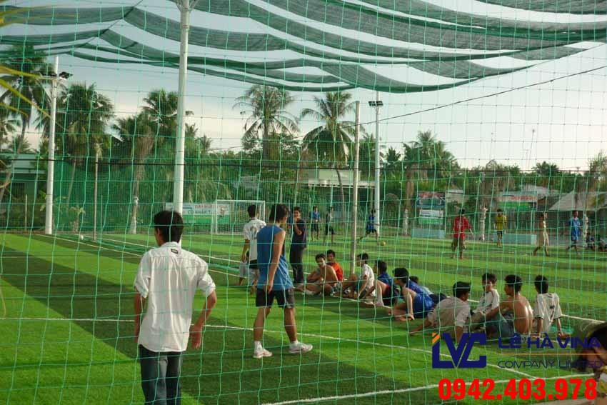 Lưới sân bóng đá, Lê Hà Vina, Cách lắp đặt lưới an toàn, Lưới rào sân bóng đá, Lưới quây sân bóng đá,